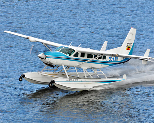 small plane on water 500x400px